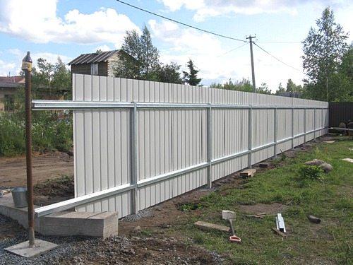 Видео строим забор своими руками