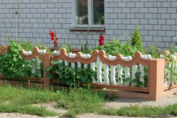 Декоративные бетонные изгороди бывают всевозможной конфигурации