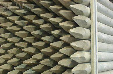 Деревянные столбики для заборов