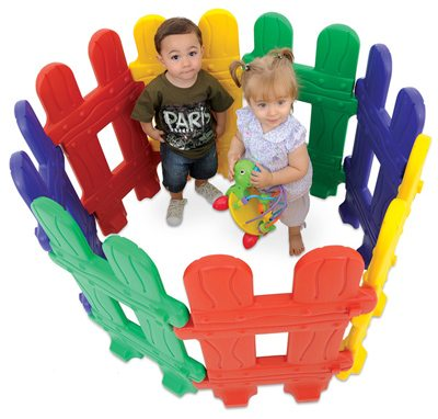 Детский пластиковый заборчик – отличная идея для детских игр