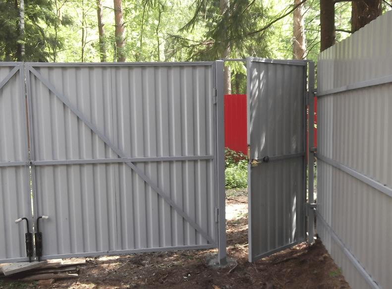 Как сделать калитку в заборе из профлиста