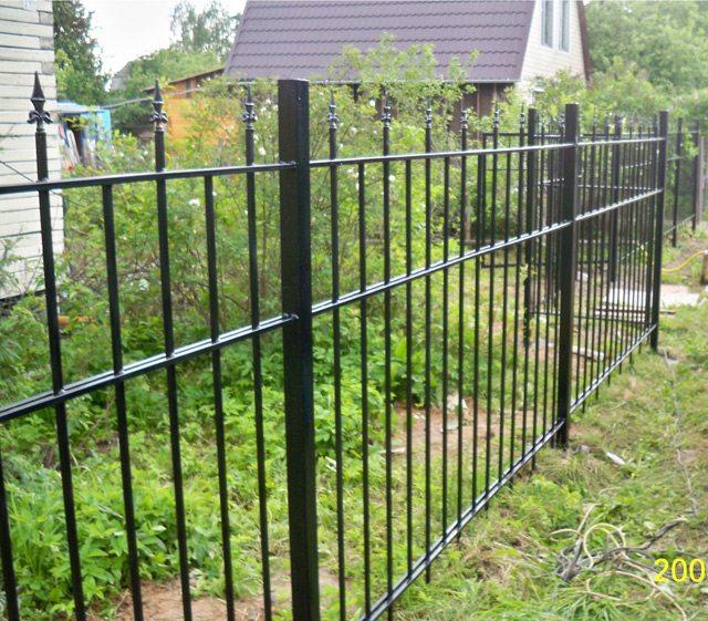 Фото ограды из металла
