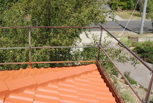 Фото ограды леерного типа