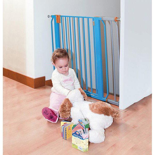 Изоляция лестницы от любознательной малышки