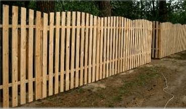 Классический деревянный штакетник