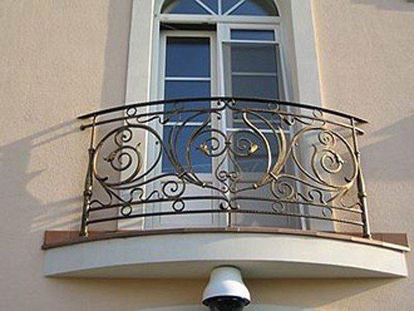 Красивое ограждение балкона