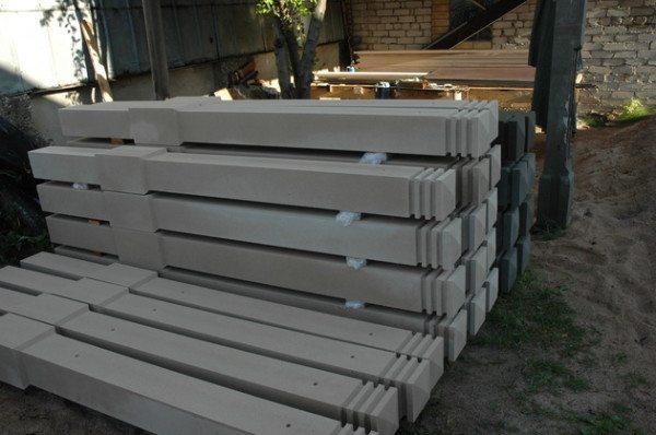 Красивые бетонные столбы для заборов