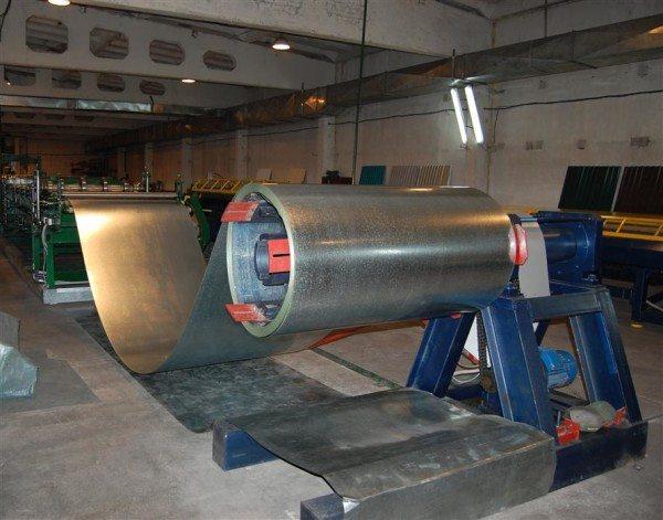 Листовая сталь, покрытая цинком в количестве 120 – 180 мг/м².