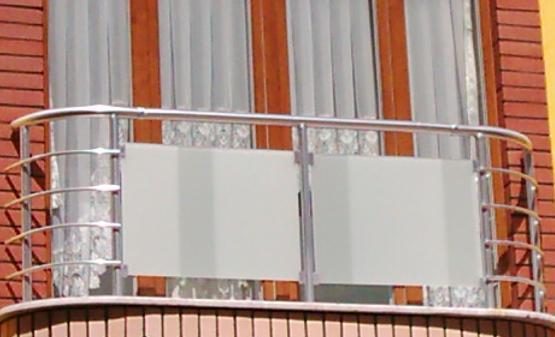 Монтаж декоративной ограды из алюминия и декоративных панелей