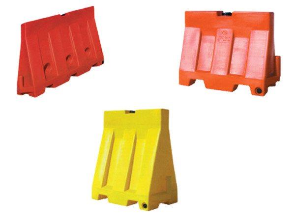Пластиковые конструкции, изготовленные с возможностью заполнения песком или водой
