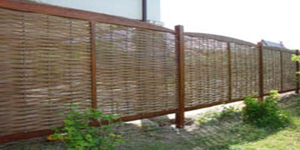Плетень на дачном участке