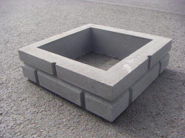 Секция столба из бетона.