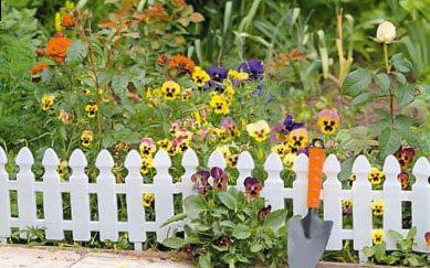 Удобное заграждение для мини-цветника