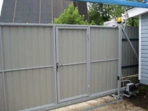 Коаон ворота обшит профнастилом дешевые калитки и ворота для дачи фото