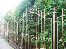 Забор из алюминиевой решетки