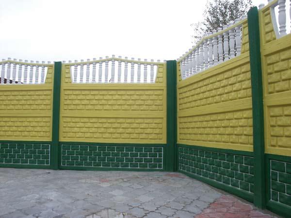 Забор из железобетонных панелей – крепкая конструкция надолго