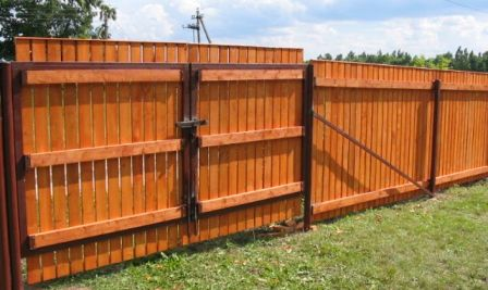 Заборы – ограды + заборы – ворота – деревянный вариант общего назначения