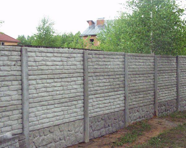 Фото – Блочный забор из бетона