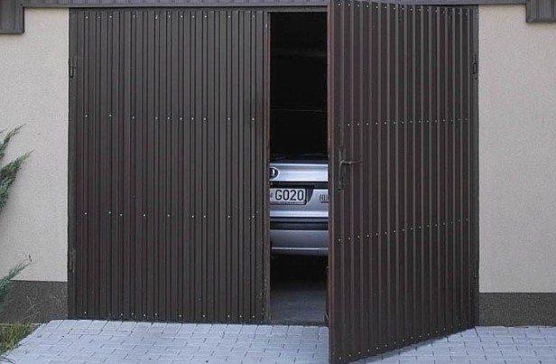 На фото: такие ворота выглядят очень привлекательно