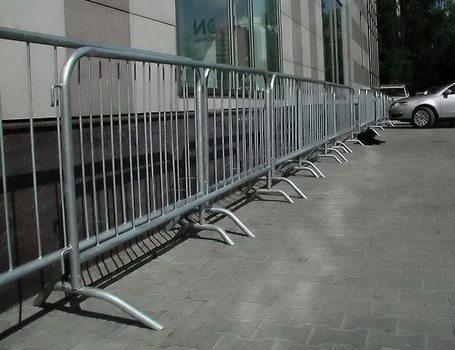 Пешеходные ограды