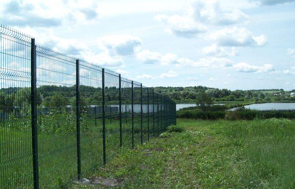 Проволочный секционный забор