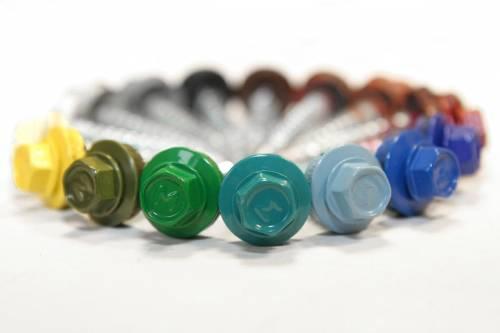 Саморезы по металлу различных цветов.