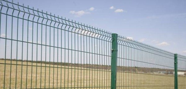 Забор из металлического прута