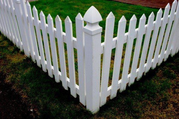 Забор, сделанный своими руками